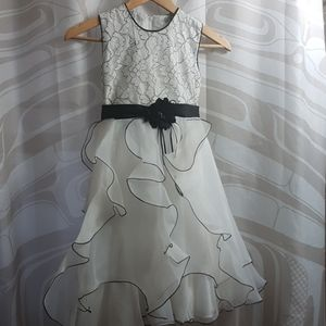 Black&White Girls Size 8 Dress